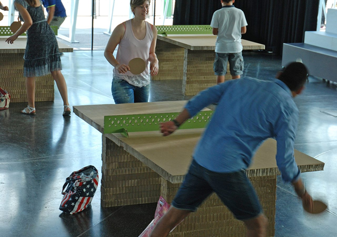 racchette da ping-pong in cartone